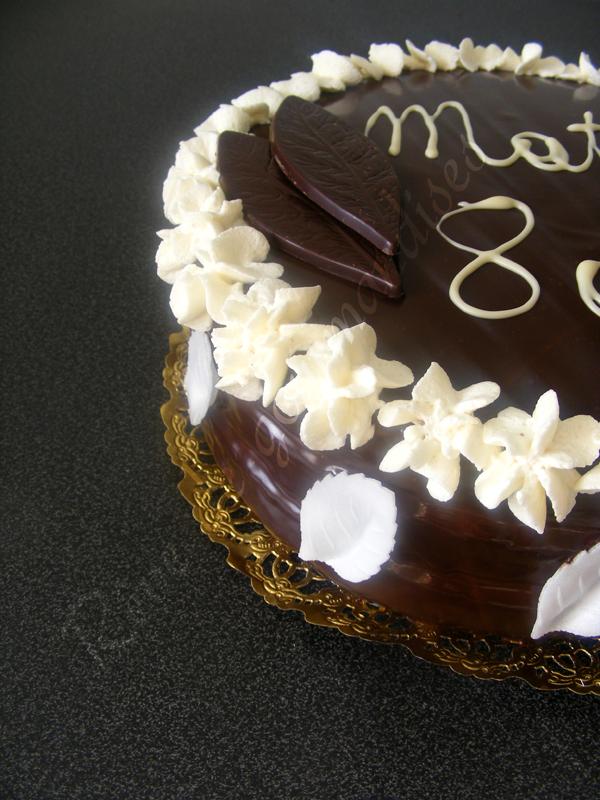 R ve de gourmandises g teau chocolat banane fourr de - Decoration gateau avec creme chantilly ...