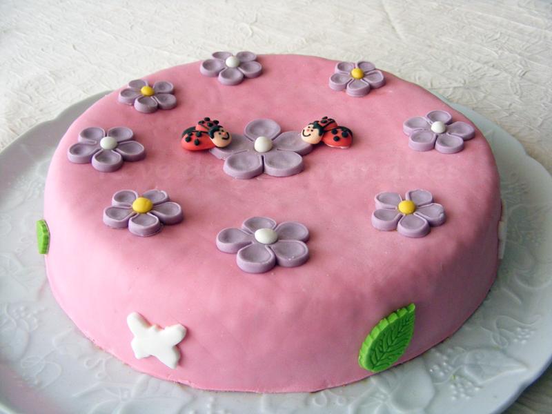 Rêve De Gourmandises Gâteau Danniversaire Girly Au Chocolat